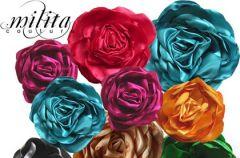 Wszechstronna stylizacja kwiatow� broszk�