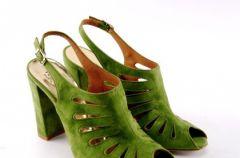 Wiosenno-letnia kolekcja zielonego obuwia Venezia