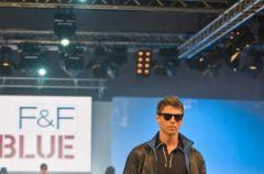 Pokaz m�skiej kolekcji F&F Blue i F&F - wiosna/lato 2010
