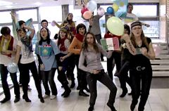 Flash mob i Lip dub - co to w�a�ciwie jest?