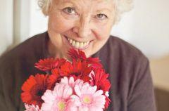 Prezenty dla babci - jak wybra� idealny prezent?