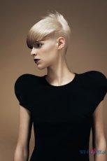Trendy fryzury z kolekcji Dada Dolls wiosna/lato 2010 od Vidal Sassoon