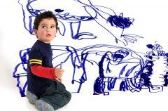 Gdy dziecko pomaluje �ciany - jak usun�� �lady?
