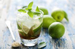 Orze�wiaj�ce drinki na letnie przyj�cia