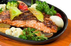 Ryba z letnimi warzywami