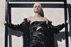 Lily Donaldson ala Madonna