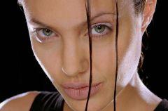 W drodze do s�awy: Angelina Jolie, cz.2