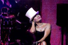 �wiatowa premiera kolekcji Williamsona dla H&M - lato 2009