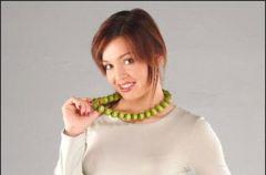 Kobiece i praktyczne bluzki ci��owe na ch�odne dni przedwio�nia