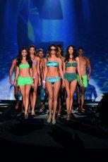 Calzedonia Fashion Show 2012 - str�j k�pielowy