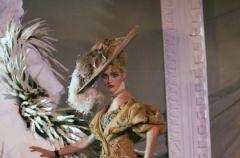 Powr�t damy w wydaniu Diora