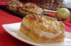 Kruche ciasto jab�kowo-budyniowe z piank� i kruszonk�