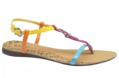 Wiosenno-letnia kolekcja obuwia Bata