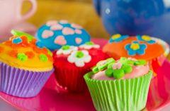 Kolorowe muffinki dla najm�odszych