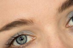 Godna oczu oprawa czyli sezon na brwi