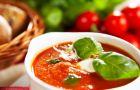 Pomidorowa z bazyli�