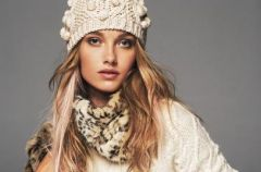 15 najlepszych stylizacji z biel� - zima 2013!