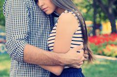 Znaczenie przytulania w zwi�zku
