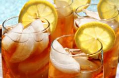 Zr�b to sam: Iced tea