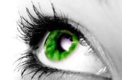 Kolorowe szk�a kontaktowe w sprayu