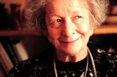 Wis�awa Szymborska i jej wyj�tkowa tw�rczo��