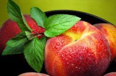 Owoce letnie: Brzoskwinie