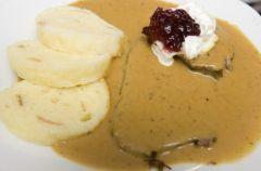 Kuchnia czeska: Pol�dwica z knedlikiem