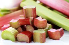 Rabarbar - pierwsza kulinarna oznaka wiosny