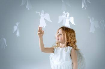 Dzieci, kt�re widz� duchy