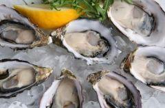 Ostrygi - kulinarny symbol luksusu