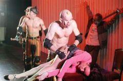Nakr�cana Pomara�cza we Wroc�awskim Teatrze Wsp�lczesnym