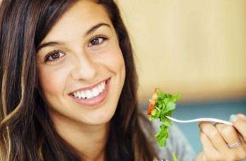Dieta na lato - 5 rad jak zdrowo komponowa� posi�ki