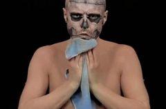 Zombie Boy bez tatua�y?