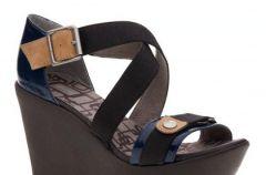 Damskie sanda�y i pantofle z kolekcji Utopia marki Bata - wiosna 2009