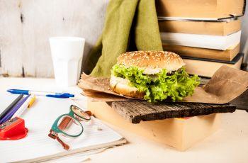 Jak utrzyma� diet� w miejscu pracy?