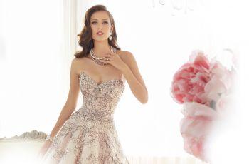 Romantyczne suknie �lubne - Sophia Tolli 2015