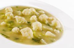 Zupka kalafiorowa z dodatkiem