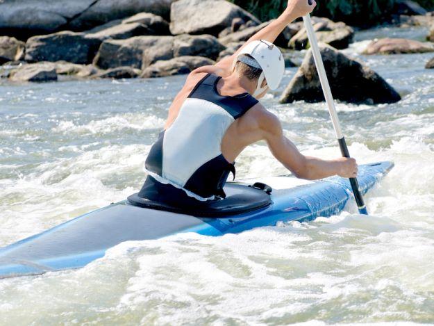 Spływ kajakowy - sport dla każdego!