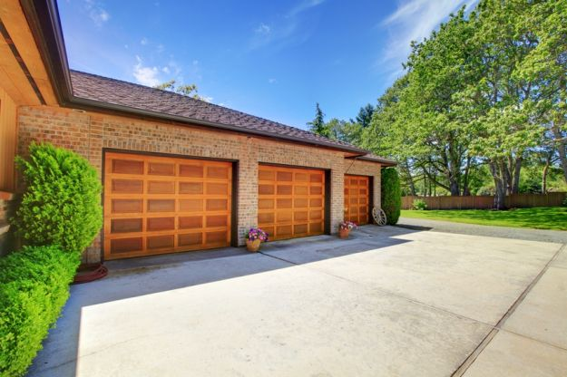Podjazd do garażu – użytkowy i z klasą