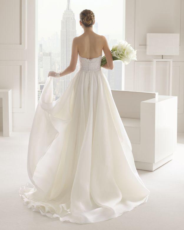 Bukiet ślubny z białych kalii