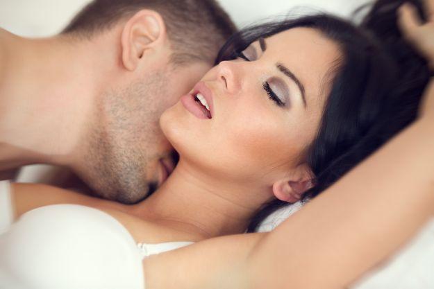 Mówienie podczas seksu pomaga!