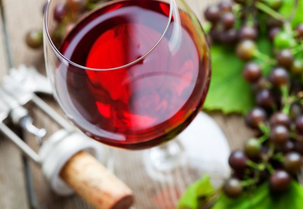 Jak dobrać wino do posiłku?