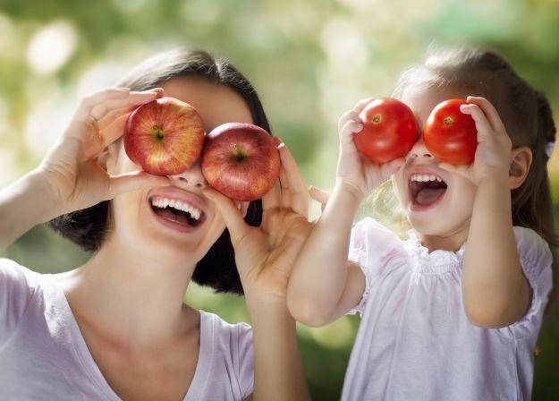 Jak przekonać dziecko do jedzenia warzyw?