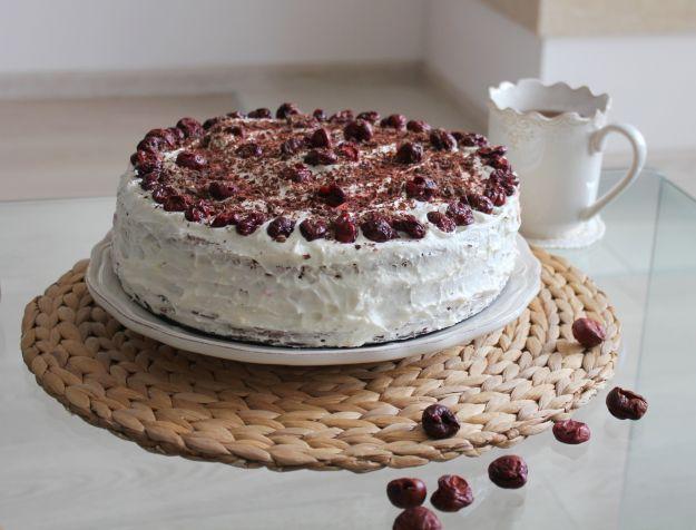 Lekki tort orkiszowy - przepis