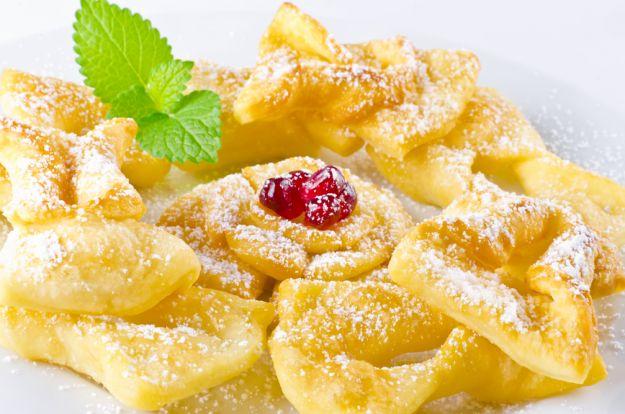 Pączki, faworki, oponki... czyli karnawałowe słodkości