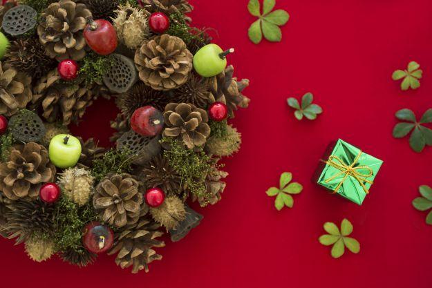 Jak zrobić świąteczny stroik na 3 sposoby?