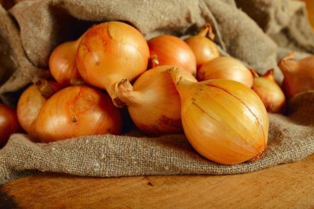 Jak zrobić syrop z cebuli?