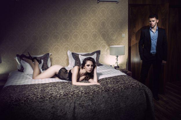 Zmysłowa sypialnia dla ekstrawertyka