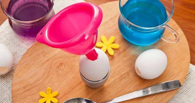 Tęczowe jajka i piankowe baranki - Wielkanoc z pomysłem!