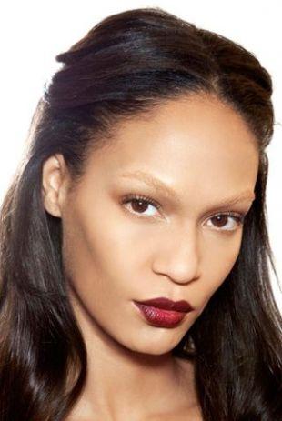 Podstawowe trendy w makijażu na jesień 2012